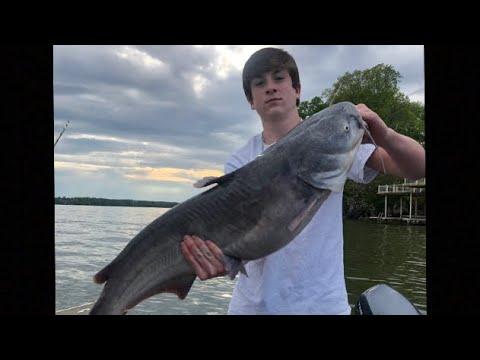 Giant Blue Cats!! Spring Catfishing On Wilson Lake