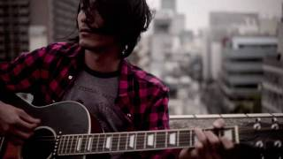 ROOFTOP LIVE THAT DESTROYS GUITAR MO'SOME TONEBENDER MOMO KAZUHIRO ...