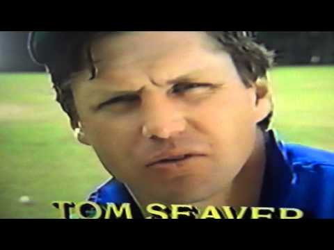 Tom Seaver Ducks From Ball During Interview! New York Mets