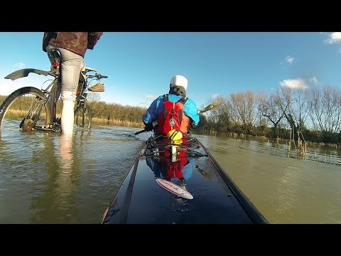 Oxford in flood, 2014 - Kayaks on the Rivers Thames & Cherwell, UK