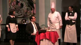 An Empty Plate in the Cafe du Grand BOEUF - rehersal previews