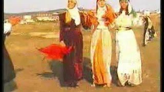 Beşir Kaya - Yek Mumik
