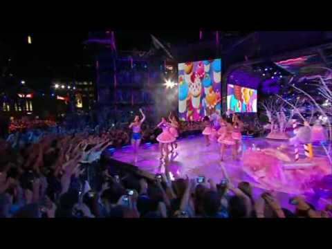 Katy Perry - California Gurls (Much Music Video Awards 2010) HD
