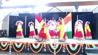 Gujarati Garba - Group Dance