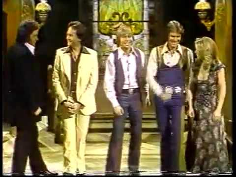 John Denver & Friends - Thank God I'm a Country Boy (1977) - I'll Fly Away