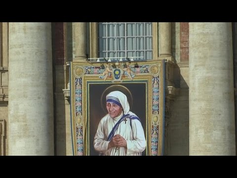 Mother Teresa to be canonized as saint