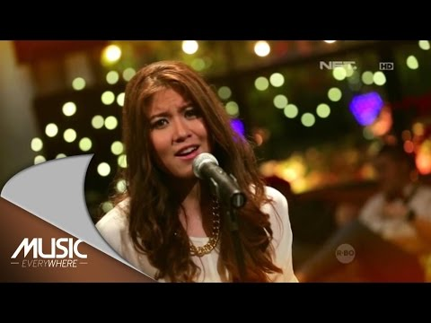 Elizabeth Tan - Kantoi (Zee AVI Cover) (Live at Music Everywhere) *