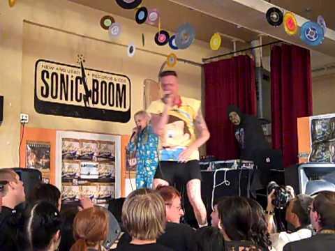Die Antwoord - Enter The Ninja (Live In-Store)