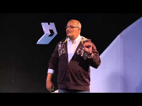 متى يتــحدث الكمبيــوتر | Helal Alkhaiwany | TEDxLIUSanaa