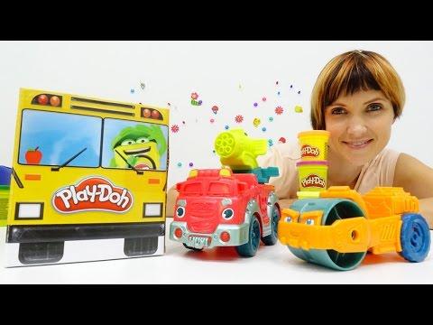Строительные машины, гаражи и автобусы с ПЛЕЙ ДО. Видео для детей