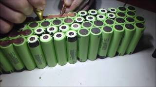 Сварка аккумуляторной батареи из литий-ионных элементов 18650 и  медных пластин(Сварка аккумуляторной батареи из литий-ионных элементов 18650 и медных пластин. Толщина пластин 0.3 мм. Время..., 2016-12-20T06:19:39.000Z)