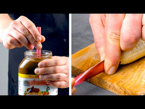 fill-a-straw-with-nutella-&-push-it-into-a-banana-—-great-idea!