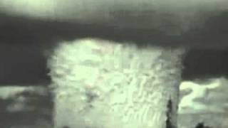Взрыв атомной бомбы под водой(No comments., 2011-07-11T22:13:53.000Z)