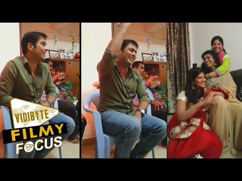Actor UdayKiran And His Wife Vishita Singing Song In His Home...!!!