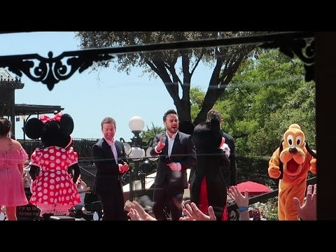 New Security Check Points At Walt Disney World & A Live TV Show Recording On Main Street!