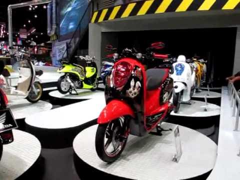 มอเตอร์ไซค์ฮอนด้าสกู๊ปปี้ Honda Scoopy i MotorShow