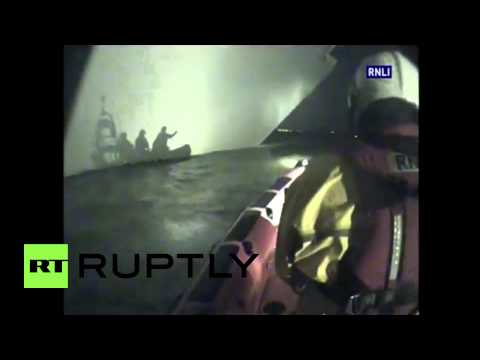 UK: Crew of car transporting ship rescued off Isle of Wight
