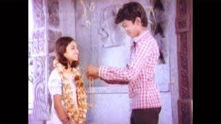 இளம் வயதிலேயே மாஸ் காட்டிய தளபதி விஜய் # Young Actor Thalapathi Vijay Mass Scenes