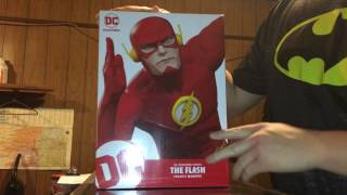 DC Collectibles DC Designer Series The Flash by Francis Manapul Unboxing & Review
