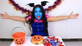 شفا تجمع حلويات !! Shfa  collects halloween sweets