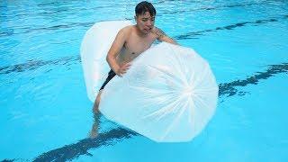 NTN - Thử Bơi Cùng Phao Nilon Khổng Lồ ( Swim With Nilon Bags )
