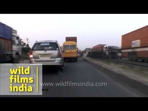 Traffic on Gurgaon-Jaipur National Highway 8