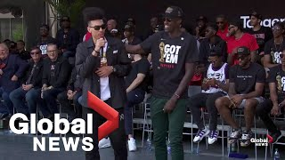 Raptors victory parade: Danny Green thanks fans, Pascal Siakam leads crowd in chant of