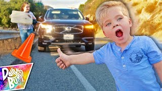 Scary Hitchhiking With Kids After Car Breaks Down! 😫 (Not clickbait!)