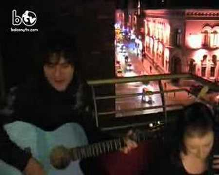 PADDY CASEY - BEND DOWN LOW (BalconyTV)