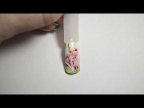 Рисунок на ногтях Тюльпаны
