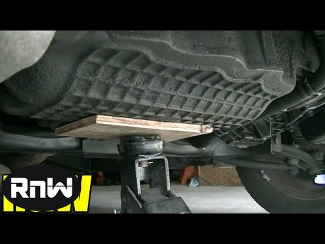 Chrysler PT Cruiser Motor Mount Inspection and Replacement Travel Video