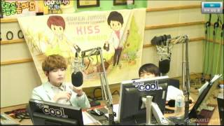 120605 Sukira - Sungmin bursting out in laughter