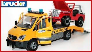 BRUDER Эвакуатор Mercedes-Benz  с джипом Wrecker   Bruder Toys 02535(Обзор самых лучших машинок от Брудер. На этот раз распаковка эвакуатора Мерседес. В комплекте грузовая..., 2016-04-02T07:42:19.000Z)
