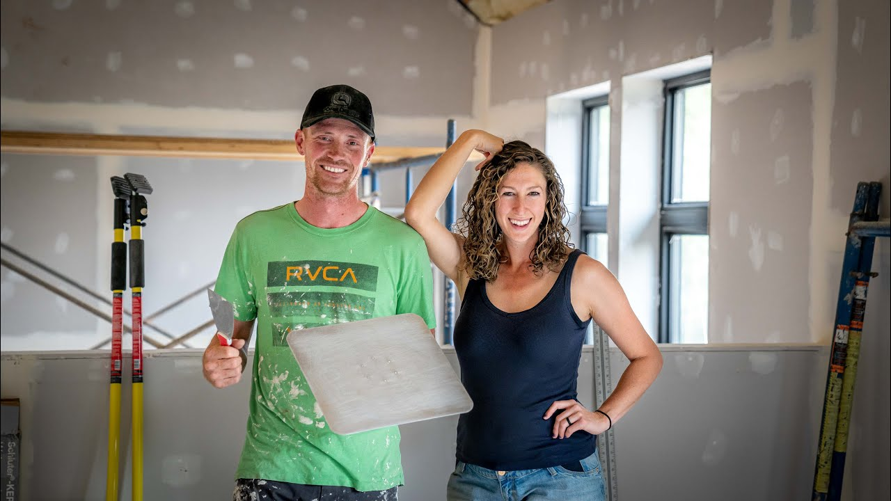 DRYWALL MUDDING | CAN WE DO IT WITH NO EXPERIENCE?