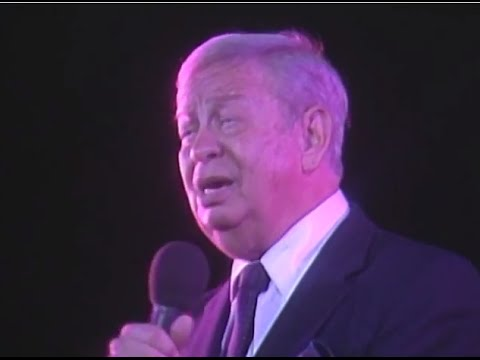 Mel Torme & George Shearing  - I Cover the Waterfront - 8/18/1989 - Newport Jazz Festival (Official)