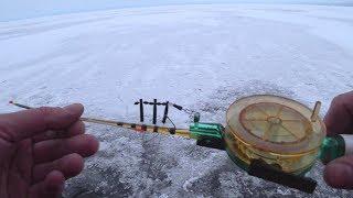 "Глухозимье. Супер Донка ""ПАРОВОЗ""! Зимняя рыбалка, ловля на удочку."