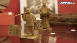 Свердловский музей привез в Керчь предметы древнего Востока