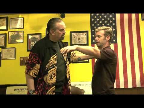 INSTANT Psychic Self Defense - Muscle Testing Proof - Kahuna Energy Disk - Dr. John La Tourrette