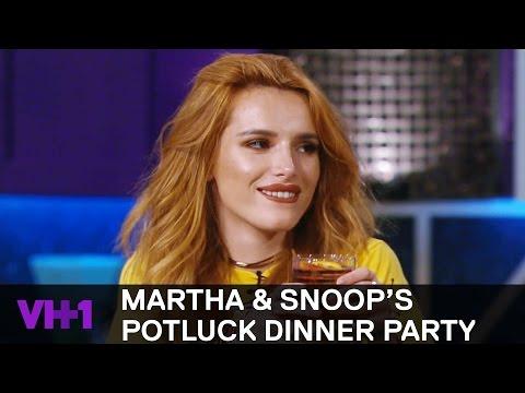 Bella Thorne Brings Snoop Dogg A Big Ass Sausage   Martha & Snoop's Potluck Dinner Party