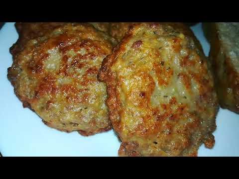 Мясные оладьи. Тесто на кефире.Рецепты перекусов.