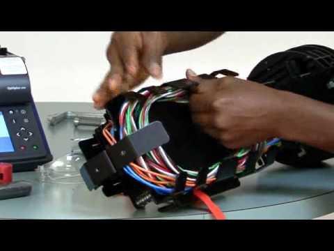 Preparing For Splicing In An Scf 6c22 Closure Youtube