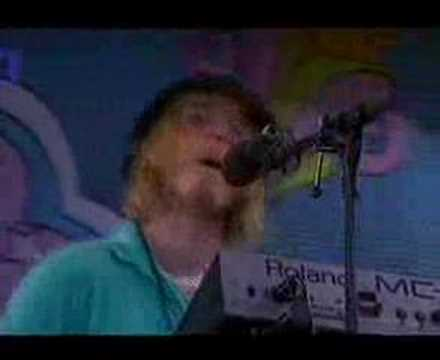 Delays - Long Time Coming ( Live @ Isle of Wight 2004-06-14)
