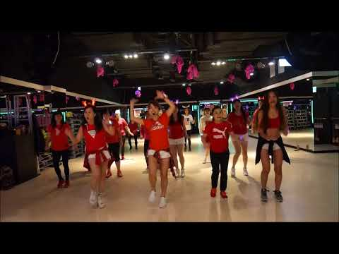 Deck the Rooftop / Glee / Meco Choreography