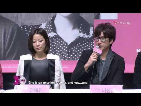 Showbiz Korea - Lee Sun-kyun And Jeon Hye-jin Couple Star Together In The Play 'Love Love Love'
