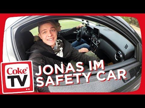 Fahrtraining mit Jonas | #CokeTVMoment