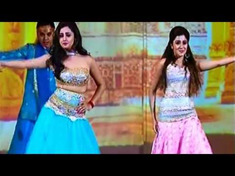 Rashmi Desai 'Tapasya'  VS Tina Dutta 'Ichcha' Live Battle Dance On Stage