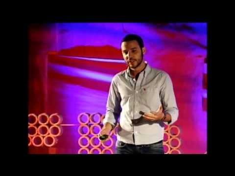 Empreendedorismo que muda o mundo: Tiago Dalvi at TEDxUFPR