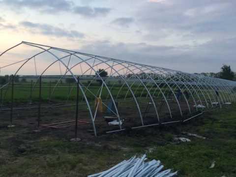 Фермерская туннельная теплица ширина 10м, длина 100м (монтаж)