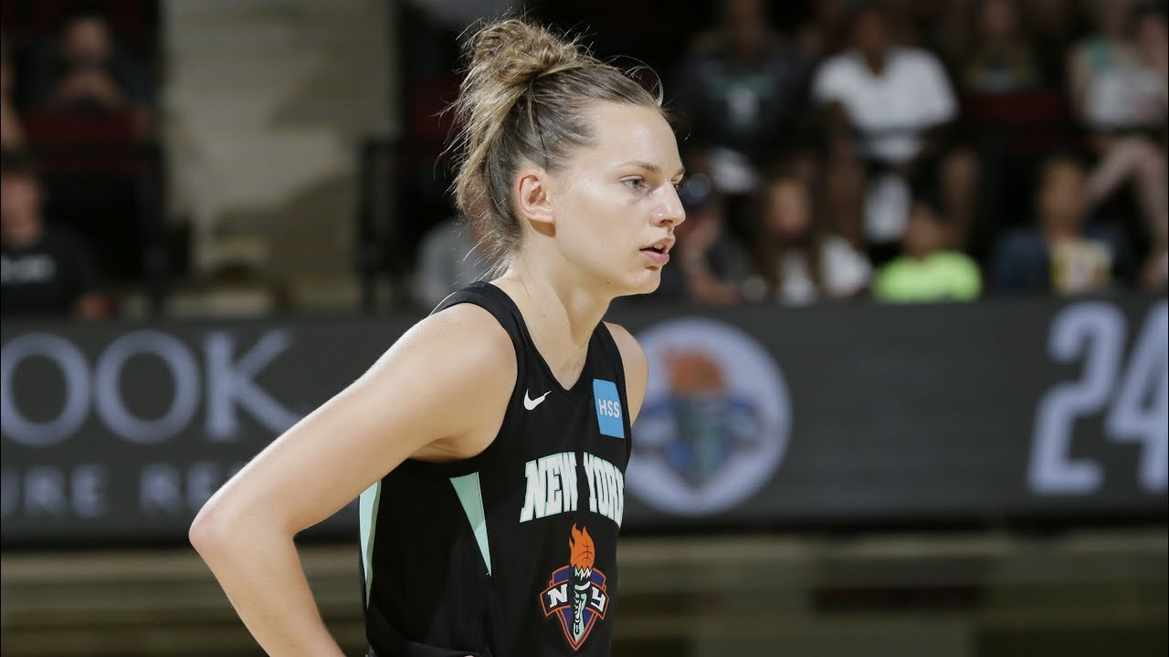90ae40f02a7d5 WNBA : la perfection selon Marine Johannès | Basket USA