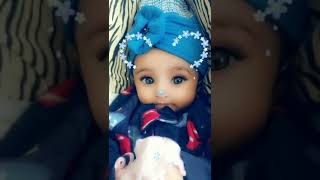 Gambar cover Cute baby's expression on neha's song nekle current